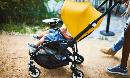 "Doona+,全世界第一個結合兒童安全座椅和嬰兒推車的""帶孩子武器"""